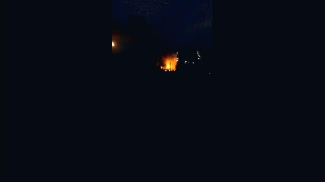 Explosión e incendio en una refinería de Bahía Blanca: tres heridos