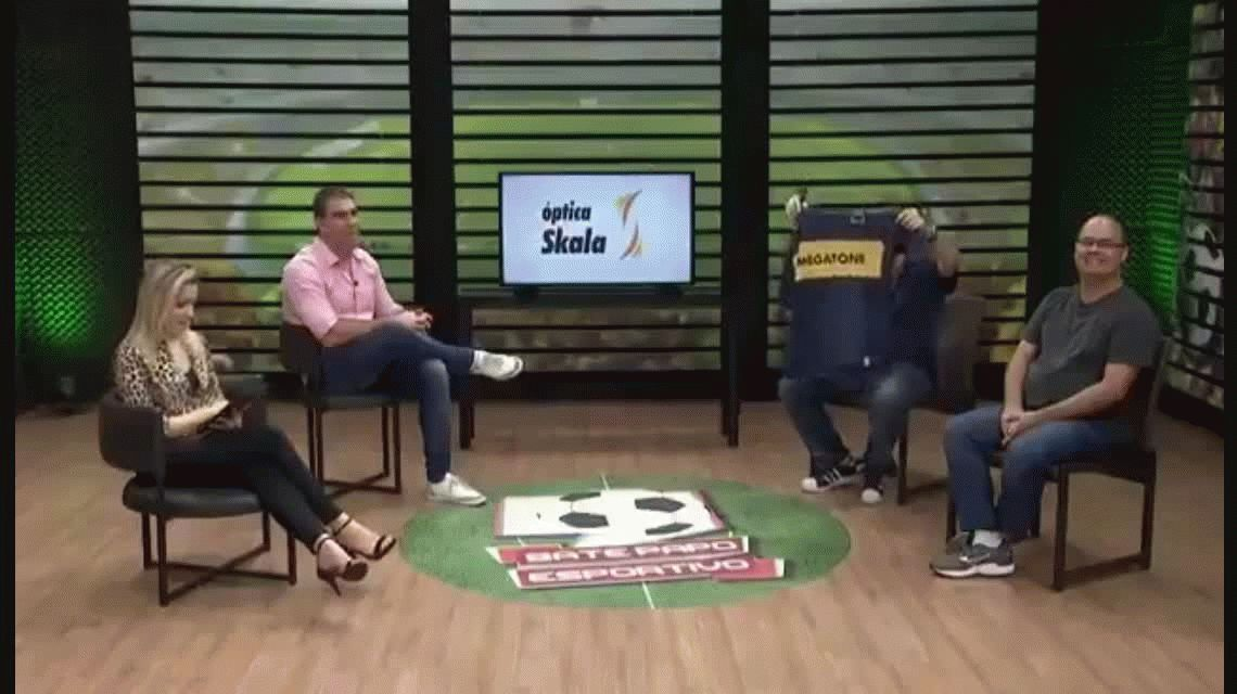 Clima de guerra: esto hicieron con la camiseta de Boca en la TV brasileña
