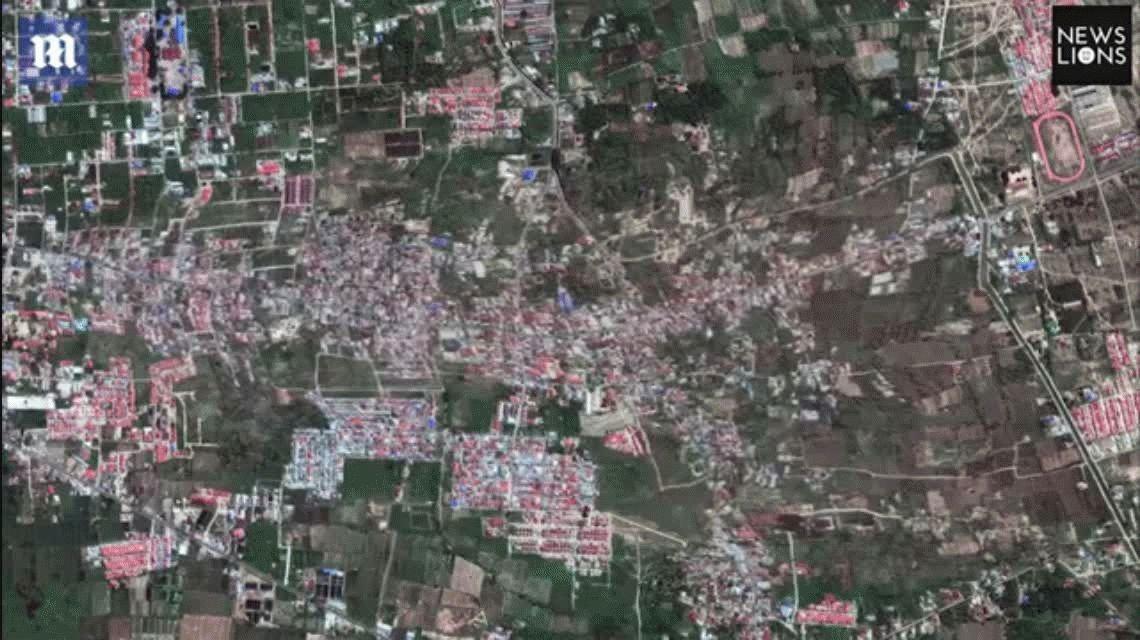 Espectáculo macabro: un video satelital muestra cómo la tierra se traga las casas en Indonesia