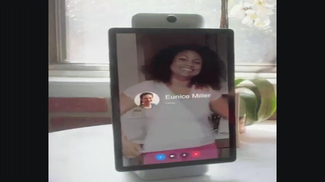 Portal, un dispositivo desarrollado por Facebook para hacer videollamadas