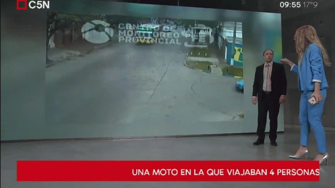 Violento choque entre un auto y una moto en la que viajaban cuatro personas en Rosario