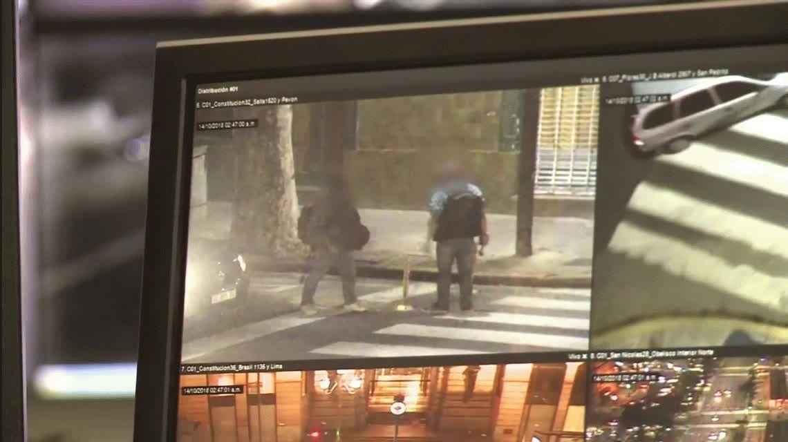 VIDEO: Un hombre intentó atacar a otro con un martillo y fue detenido