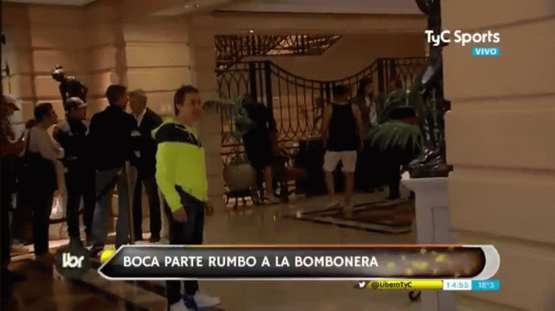 Así volvían los jugadores de Boca al hotel debido a la lluvia