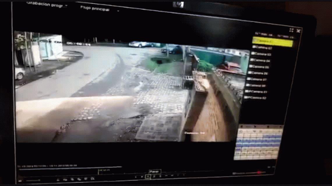 VIDEO: Así quisieron entrar a Los Abrojos, la quinta privada de Macri