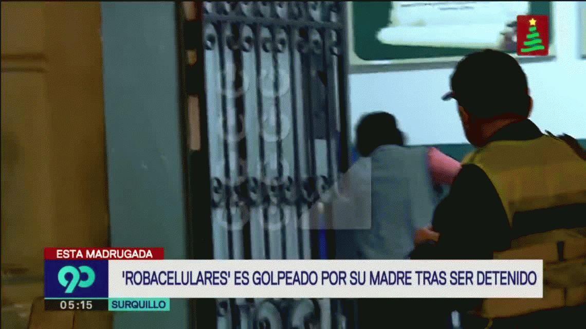Perú: una mujer golpeó a su hijo detenido en una comisaría por robar un celular