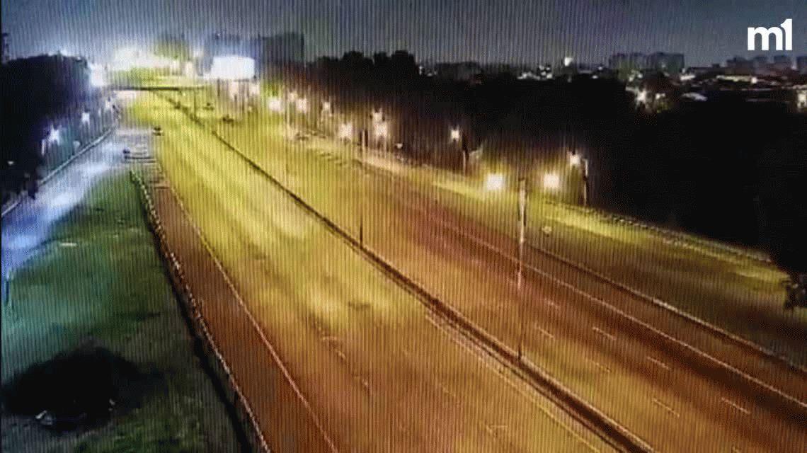 Una camioneta en contramano ocasionó un tremendo choque en la General Paz