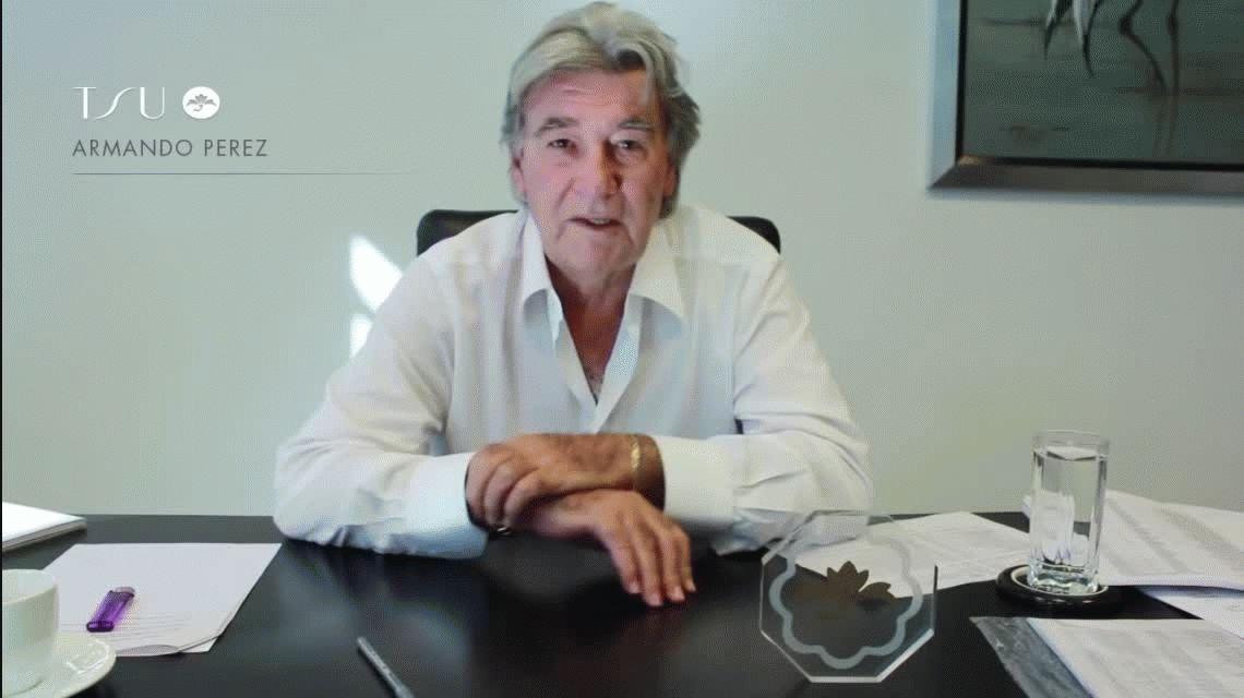Armando Pérez le agradecía a las revendedoras