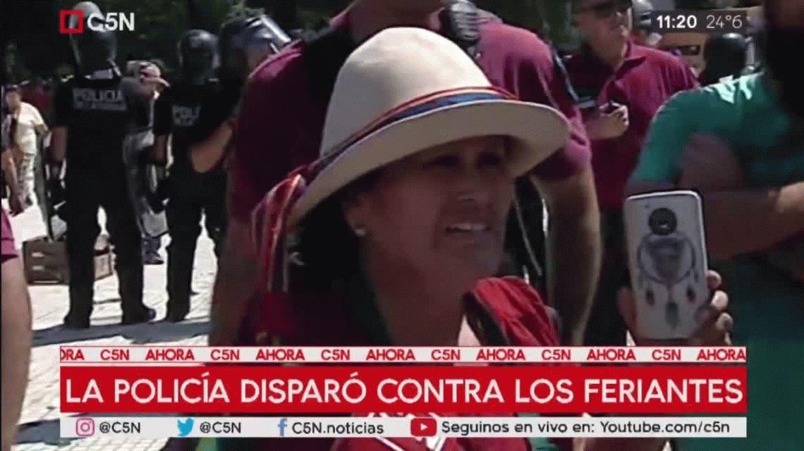 El llanto de una productora en el feriazo de Plaza Constitución