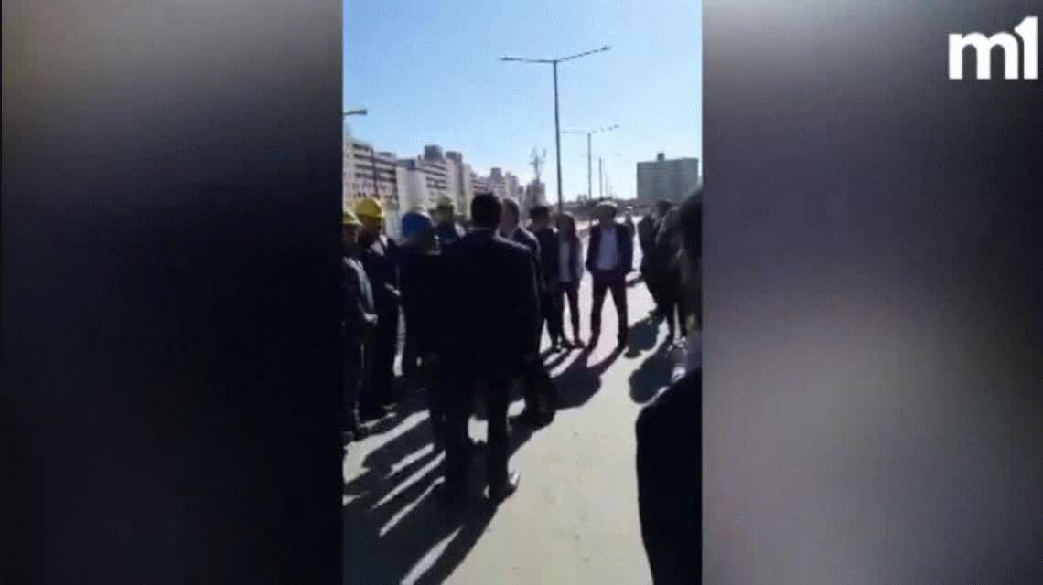El obrero que increpó a Macri despertó una interna en el Gobierno
