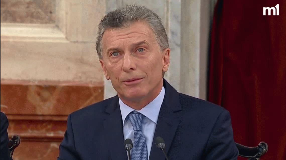 Asamblea Legislativa: Macri anunció un aumento del 46% en la AUH