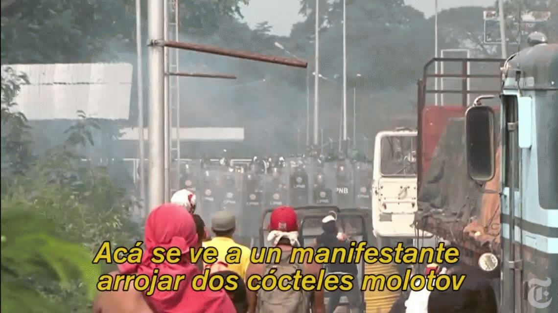 Venezuela: la ayuda humanitaria habría sido quemada por un manifestante antichavista