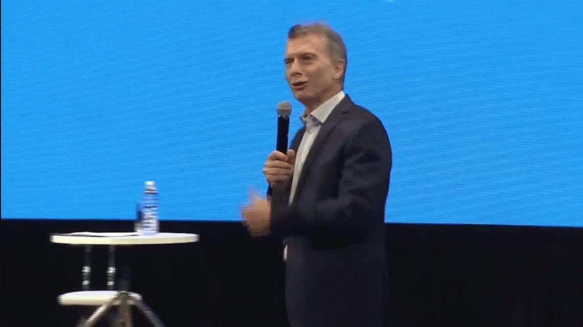 Macri, en una reunión de Gabinete ampliado: Estoy caliente