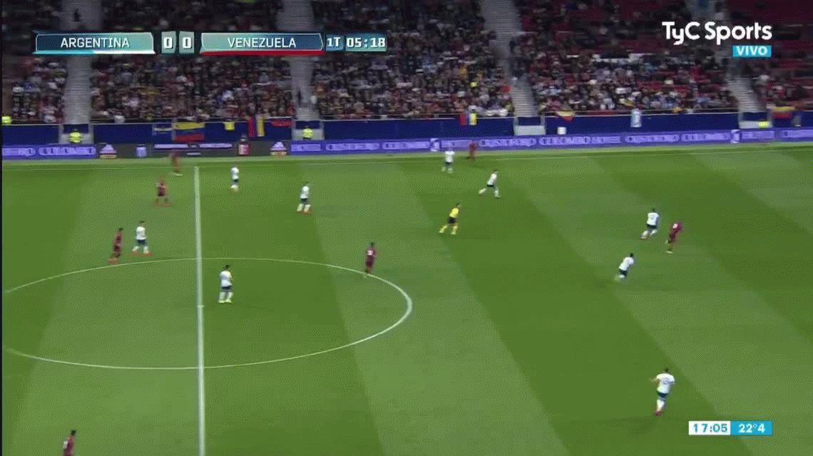 ¿Tardó en salir? Culpan a Armani por el primer gol de Venezuela