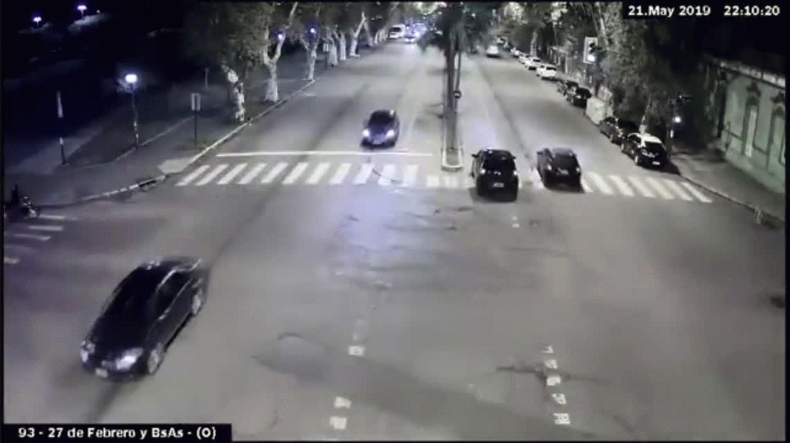 Investigan otro abuso policial que terminó con dos personas muertas en Rosario