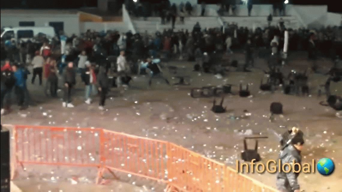 Córdoba: La Mona Jiménez canceló un recital por graves incidentes