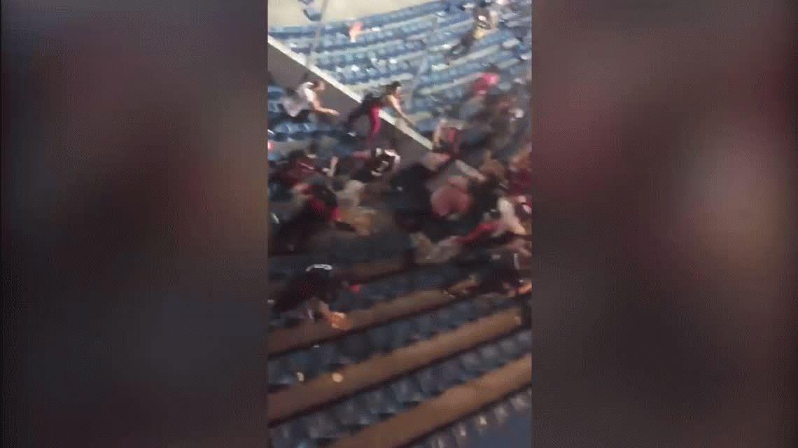 Batalla campal e incidentes entre hinchas de San Lorenzo y Cerro Porteño en Paraguay
