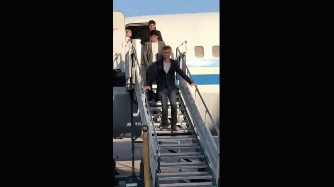 Macri usó el avión presidencial para hacer campaña en Tucumán