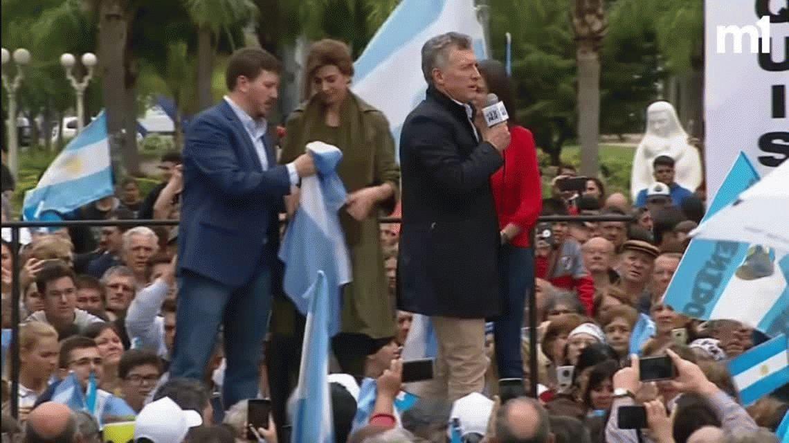 Macri volvió a chicanear a Alberto Fernandez: ¿Otra con celular? ¡Estas abuelas rebeldes!
