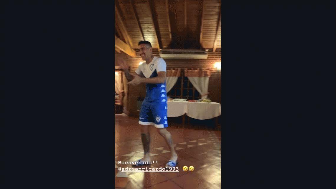 El primer baile de Centurión en Vélez: así fue la bienvenida del plantel de Heinze