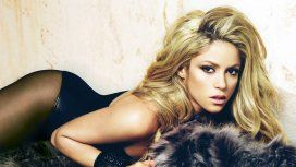 Shakira, hot