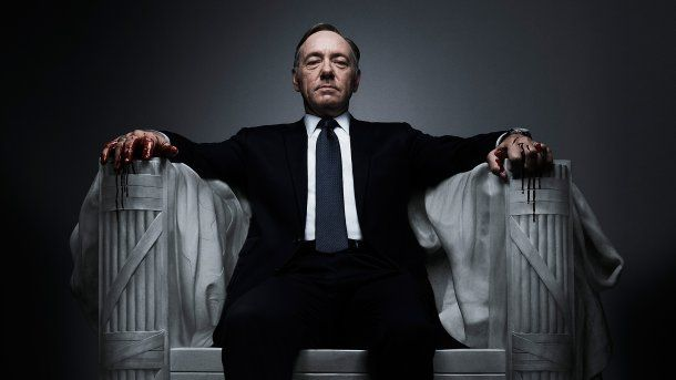 Kevin Spacey como Frank Underwood en
