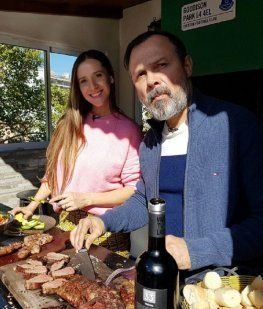 Gustavo Sylvestre, íntimo en Right Now: No miro ningún programa político