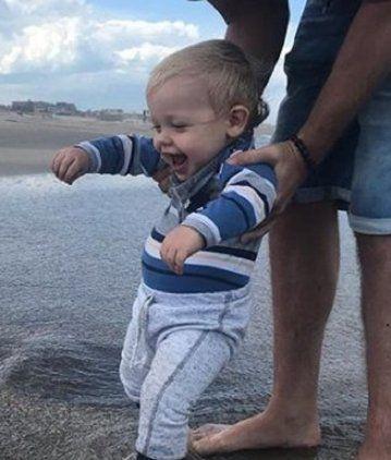 Mirko, el hijo de Marley, conoció el mar