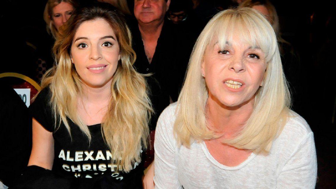 La tierna foto de Claudia Villafañe con su nieta Roma, la hija de Dalma Maradona