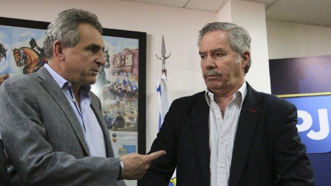 PASO: Agustín Rossi y Felipe Solá bajaron sus precandidaturas presidenciales