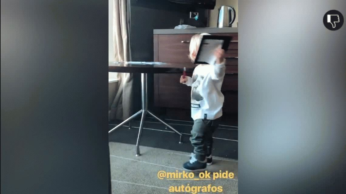 Mirko, el hijo de Marley, sorprendió a todos con una de sus primeras frases: Macri gato