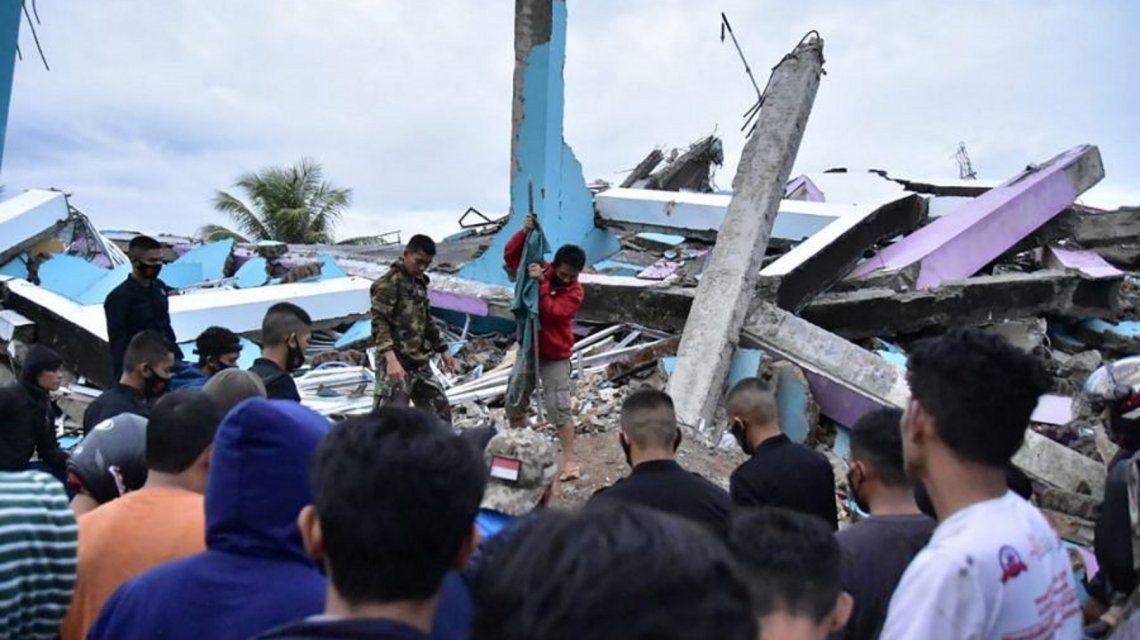 Indonesia: un sismo dejó al menos 34 muertos