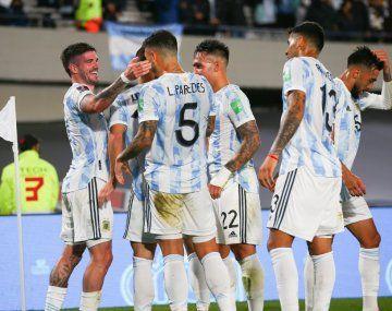 Los 11 de Argentina para recibir a Perú en el Monumental
