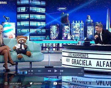 Graciela Alfano contó que luego de hacerle striptease a Macri se escapó para evitar un trío