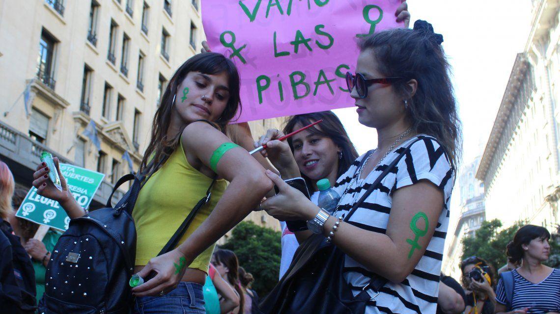 Día de la Mujer: paros y marchas en todo el país para visibilizar la desigualdad de género
