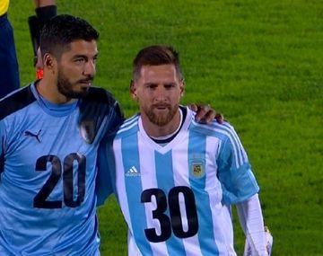 Messi y Suárez promovieron la candidatura de Argentina y Uruguay para el Mundial 2030
