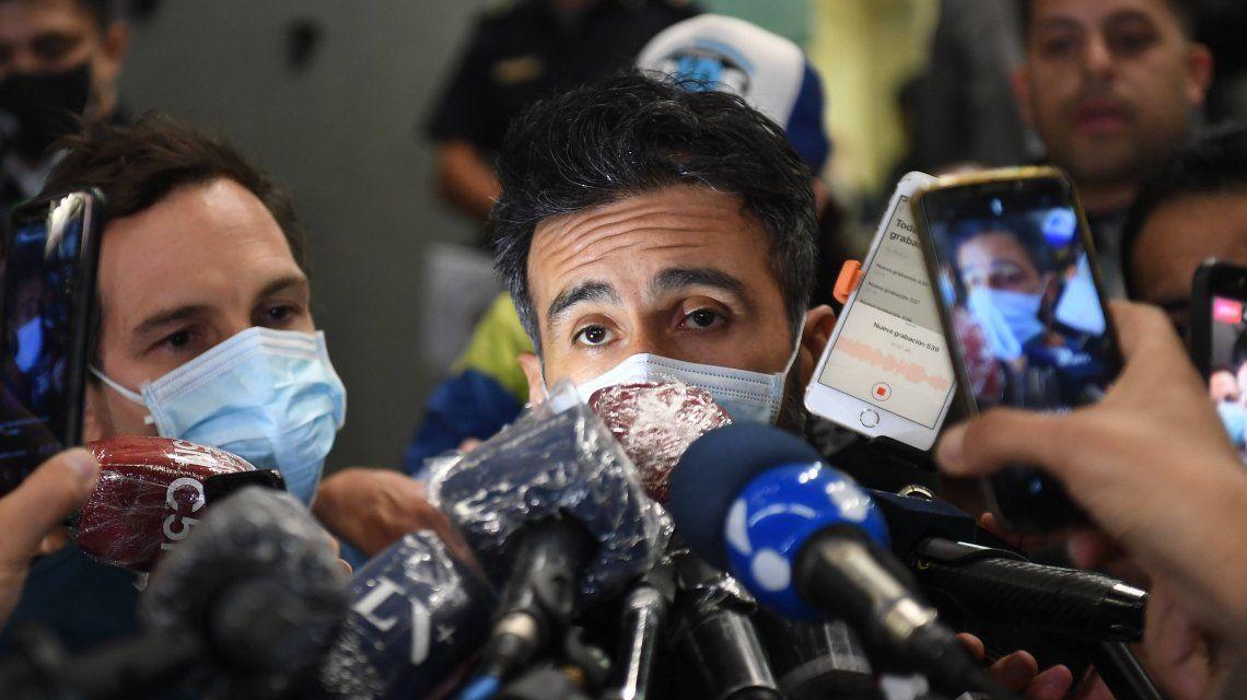 La salud de Maradona: Diego es muy difícil, pero se va a quedar internado