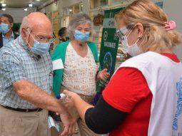 La Provincia anunció el envío de más de 150 mil turnos para vacunar a mayores de 60