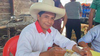 peru: internaron al candidato que propuso el debate en chota