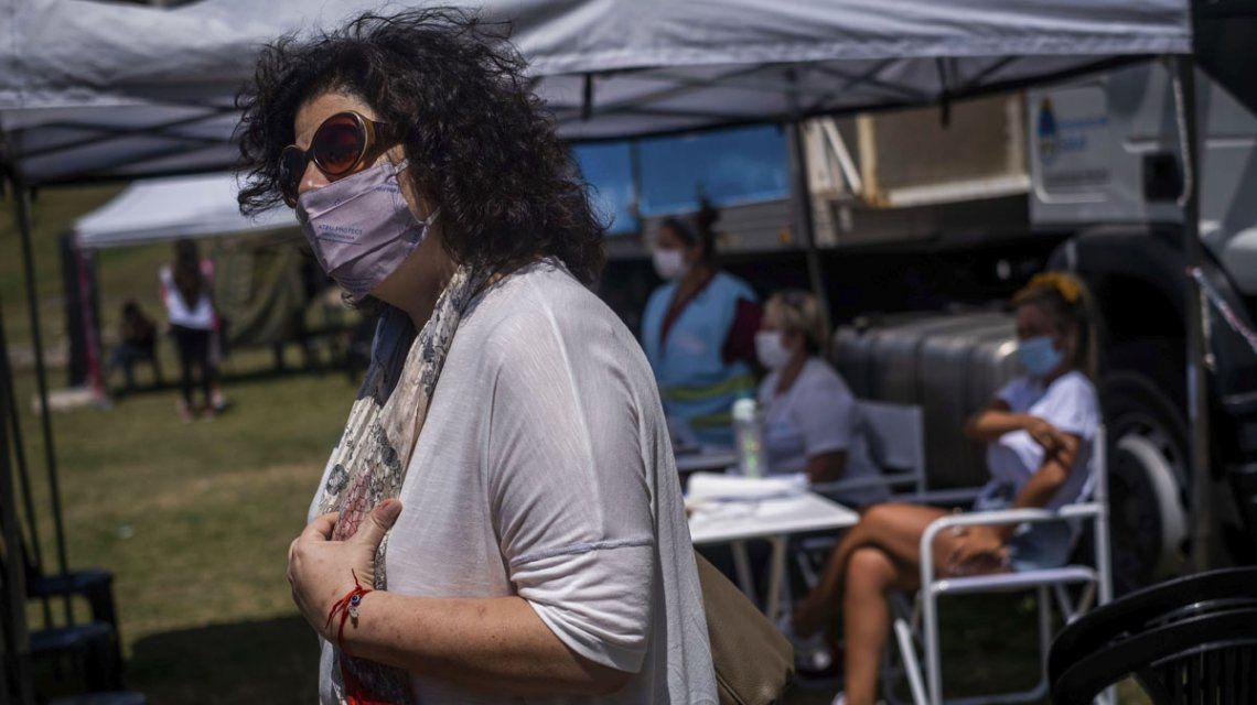 La vacunación de docentes en todo el país comenzará la semana que viene