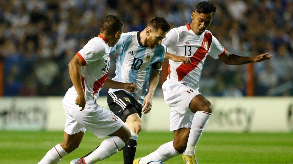 A pesar de la crisis en Perú, Conmebol confirmó el partido contra la Selección Argentina