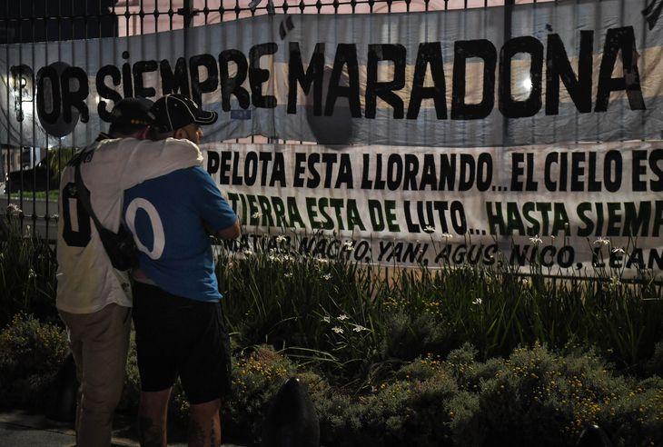 A las 6 de la mañana comienza el velatorio de Diego Maradona