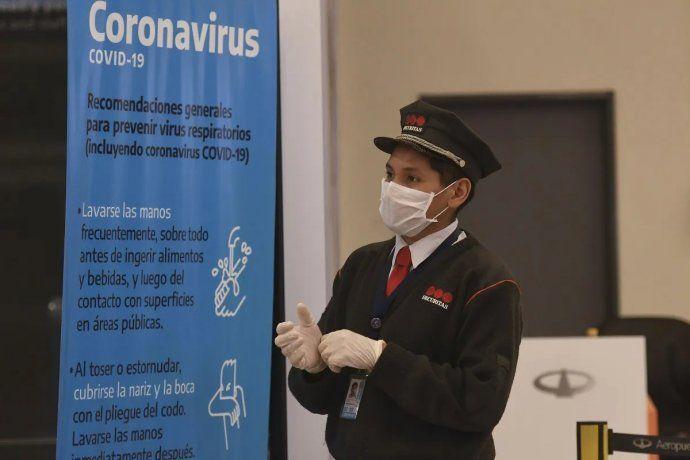 Aerolíneas Argentinas traslada más vuelos de Aeroparque a Ezeiza por personal con coronavirus
