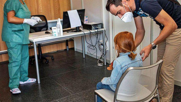 Aumentaron un 64% los casos de coronavirus en niños y adolescentes de Mendoza