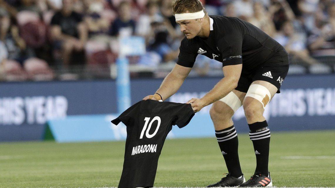 Los All Blacks le rindieron un homenaje a Maradona en la previa al partido con Los Pumas