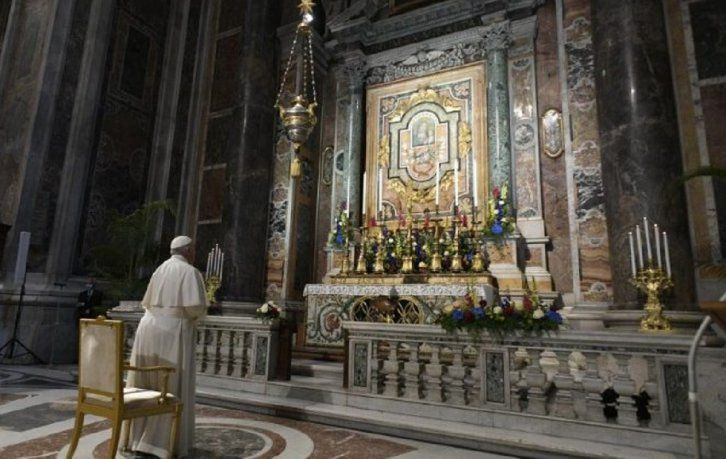 Francisco convocó a una maratón de oración para el fin de la pandemia