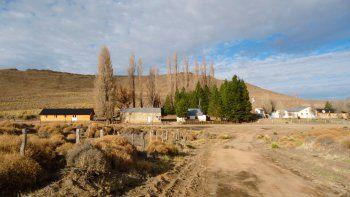 el pueblo de neuquen que tiene al 30% de su poblacion aislada