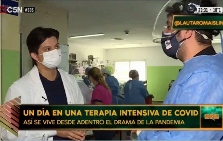 Así son las terapias intensivas por dentro: un día junto a los médicos que luchan contra el coronavirus