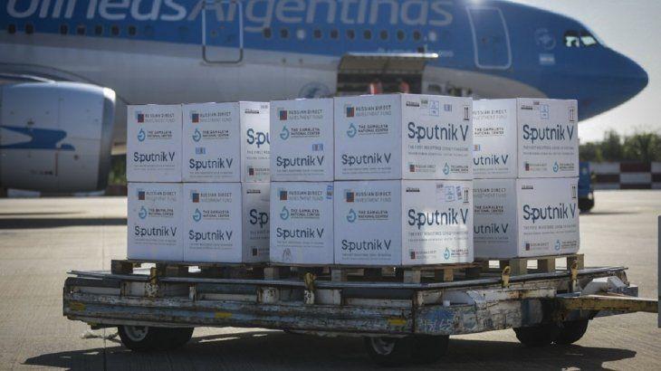Putin confirmó que habrá envíos regulares de la Sputnik V a la Argentina