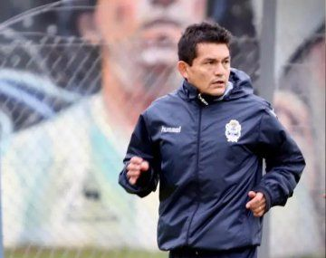Gimnasia sumó una estrella y se le lesionó: el Pulga Rodríguez y quedó descartado para su debut