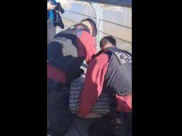 liberaron al joven detenido violentamente en puerto madero